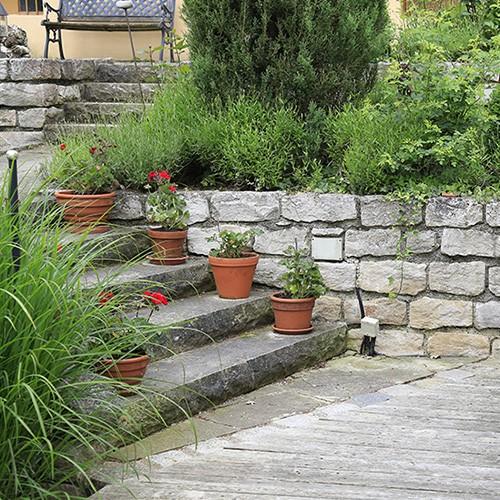 13 Ideen für Naturstein im Garten